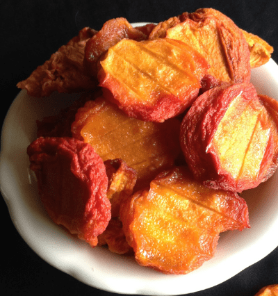 drying fresh peaches in a dehydrator
