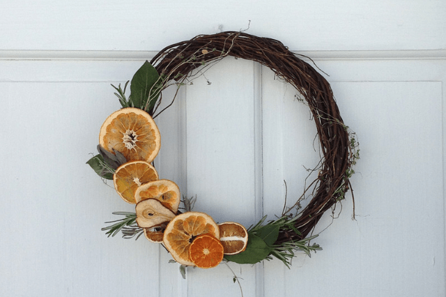 how to make a dried fruit and herb wreath
