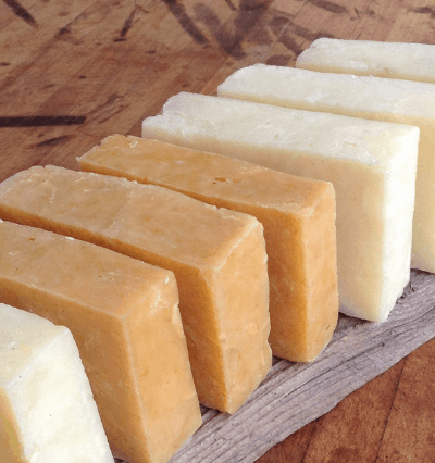 How to start making soap when you're on a tight budget. #soapmaking #naturalsoap #makingsoap #frugalcrafting