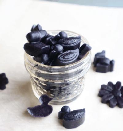 homemade probiotic blackberry gummies