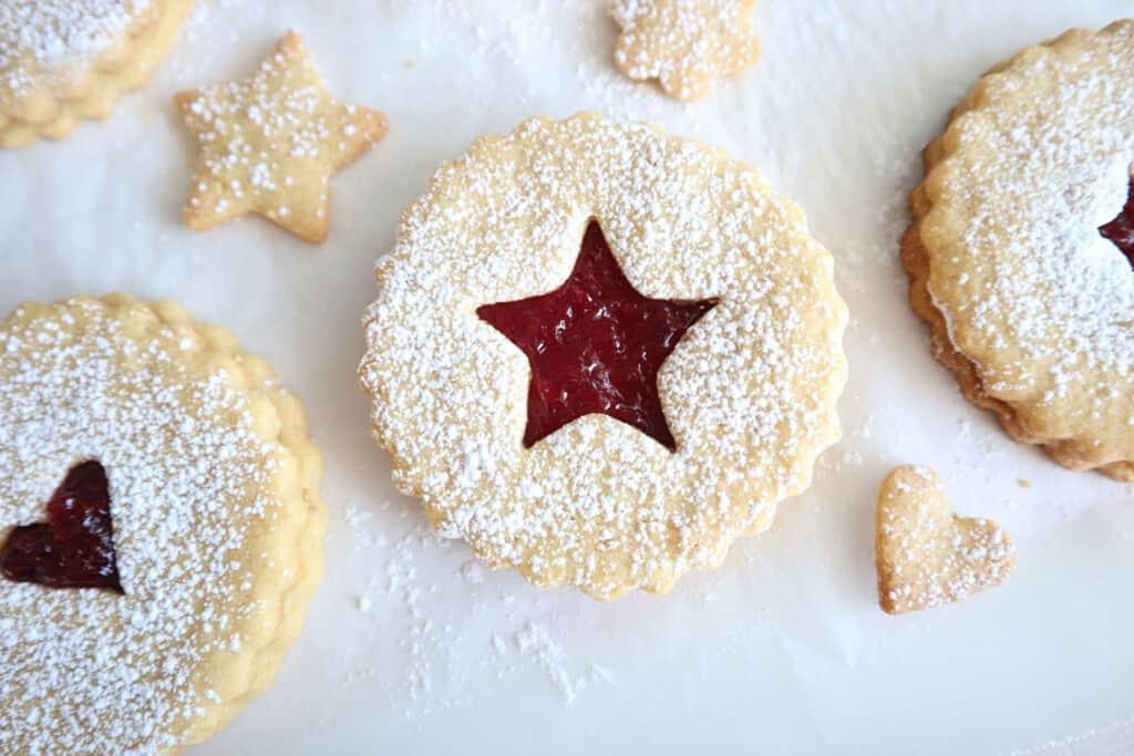 Einkorn Linzer Cookies with cherry jam